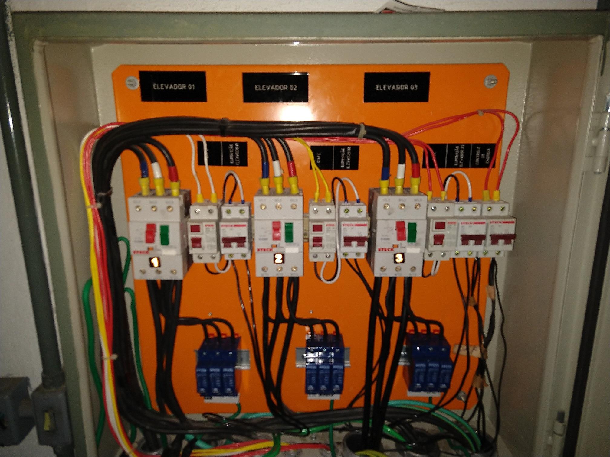 Adequações elétricas,instalações de protetores contra surtos (D.P.S.),Aterramentos de Quadros de elevadores entre outros.